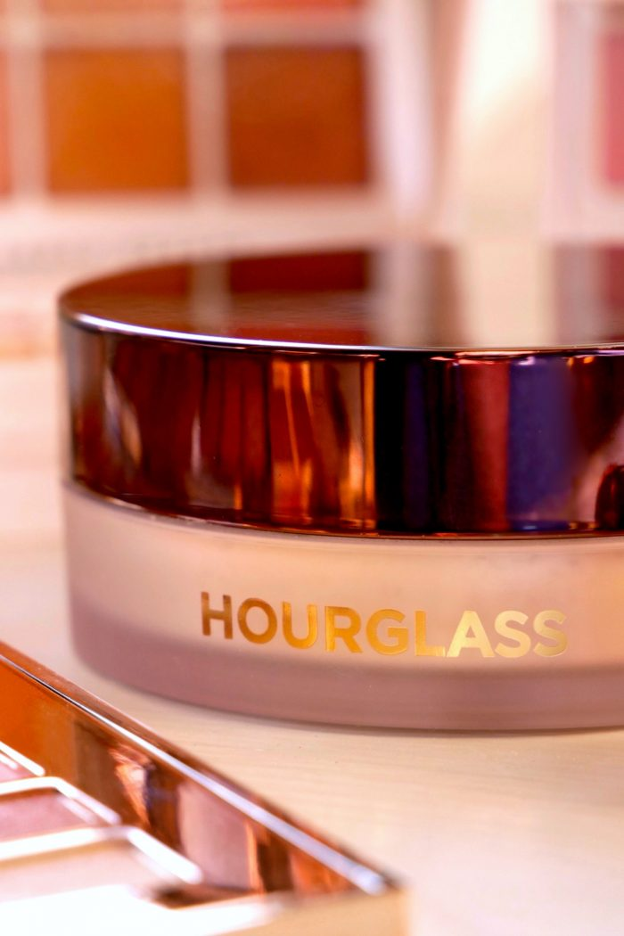 Laura Mercier VS Hourglass VS Too Faced: Which Setting Powder Is The Best?